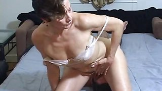 Young boy is hungry over an oldie mistress\' dirty ass hole