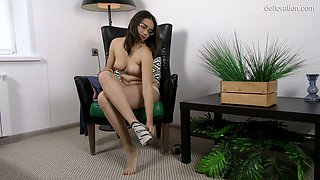 One more fresh young hottie Roza Esposito in steamy defloration video
