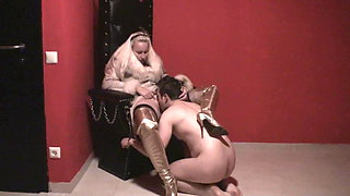 Femdom Ladies order slaves to lick their Pussy 1