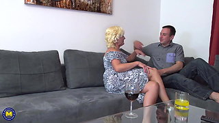 Mature mother seduce lucky young son