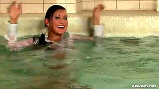 glamorous sluts having some kinky fun at the pool