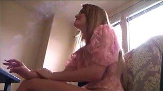 Hot Am Babes Smoking & Getting Felt Up
