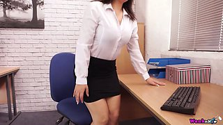 British secretary Kacie James is toying her hungry hole in the office
