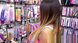 Mofos - Latina Sex Tapes - Natalia Mendez - Natalia Spices I