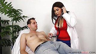 Hot Plumper Nurse Oksana Rose Examines John Strange