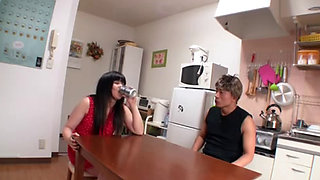 Wasted Drunk Teen Stepsister Getting Fucked While She Is Passed Out