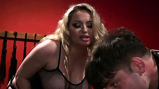 Busty Mistress Loves Bdsm