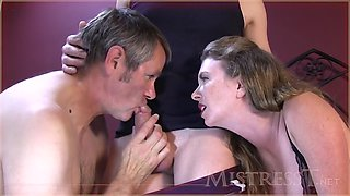 cuckold hubby sucking cock & cleaning creampie
