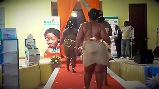 African big booty show