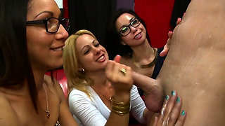 Hotty and her best ally get screwed at a bachelorette party.