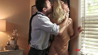 Experienced Athena Palamino showing off her cock pleasing skills