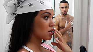 Latina Maid Gets An Eyeful
