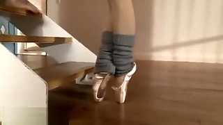 Japanese tiny flexible beauty gets fucked by trainer