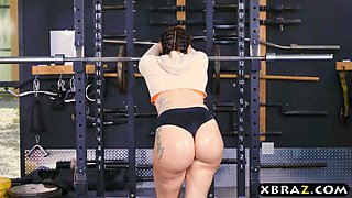 big ass gym babe mandy muse anal fucked after squats