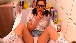 XXX Glasses Wearing Babe Solo in the Shower