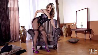 Hot babe ep pantyhose pussy play