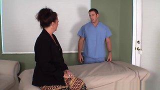 Margo Sullivan - Son massaging Mom [HD 720p]