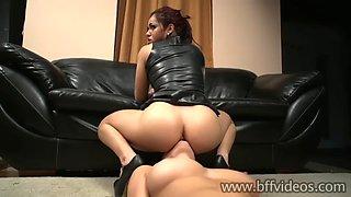 Lick mistress