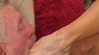 EliteSmothering Video: Diary of a mistress