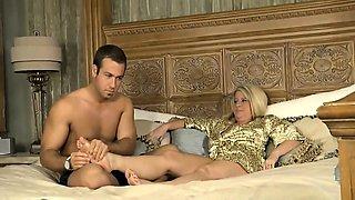 Stepmom seduced by stepsons massage - More On HDMilfCam,com