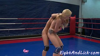 Wrestling dyke pussylicked in closeup