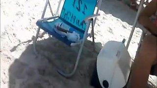 Beach voyeur films woman's asses in bikini