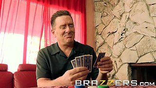 Paige Turnah cheats in cards and on her husband - Brazzers