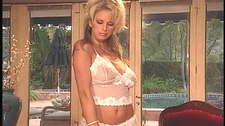 Adele Stephens Solo Strip White Hot Lace