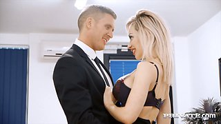 Blond busty secretary Chessie Kay put her big red lips on hard dick of kinky boss and set to swallow it