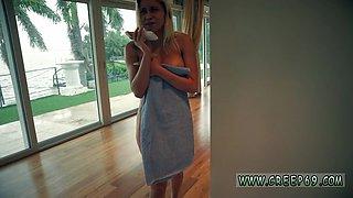 Hardcore strap on squirt Did you ever wonder what happens when a redhot teen cocktease