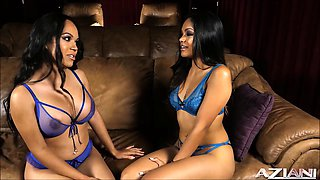 Lesbian sisters playing the Girls Way for the 1st time