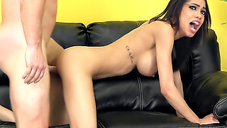Sexy Shay Evans LIVE