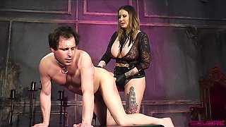submissive dude wants to be punished by Maitresse Madeline Marlowe