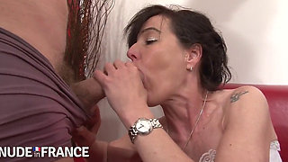 MILF FISTED AND DP