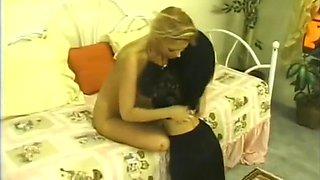 Horny amateur Midgets, Vintage sex clip