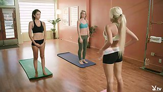 Amazing yoga lessons with Khloe Terae