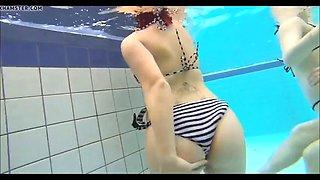 Laura girlfriend berlin 1819 year fuck in the pool