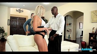Blonde MILF goes Black in Cuckold Experiment