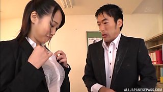 Busty secretary Etou Yui wants to please a boss by fucking with him
