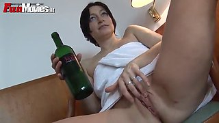 marion kuhl masturbates with a bottle of wine