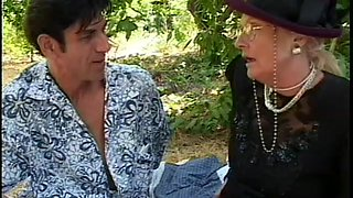 Gino Fucks A Granny Outside @ Mature Kink 14