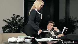 Bosomy office bitch Victoria Summers fucks a horny boss