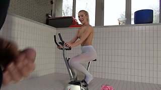 Sporty blonde cyclist Cecilia Scott rides firm cock on top with passion