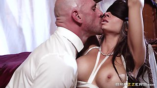 Lovely lady Madison Ivy dolls up for an incredible sex session
